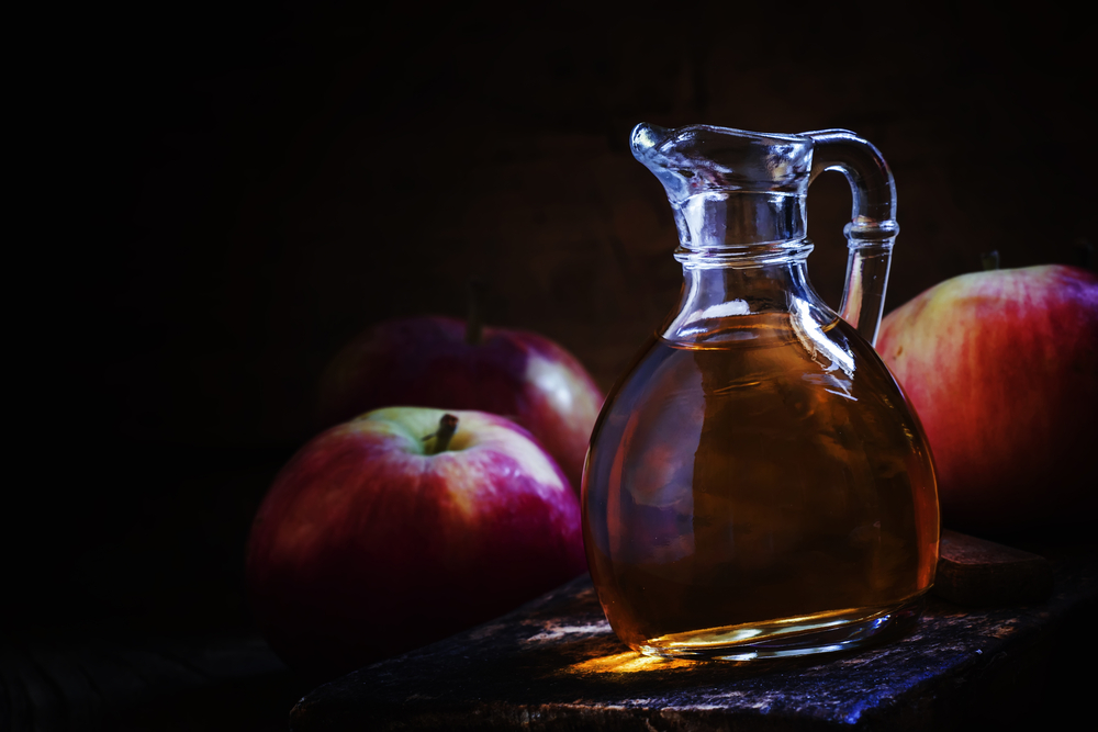 Apple Cider Vinegar: Health Benefits, Bogus Health Claims and Uses