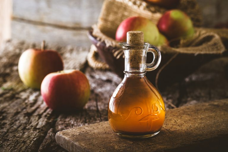 Apple Cider Vinegar and its health benefits