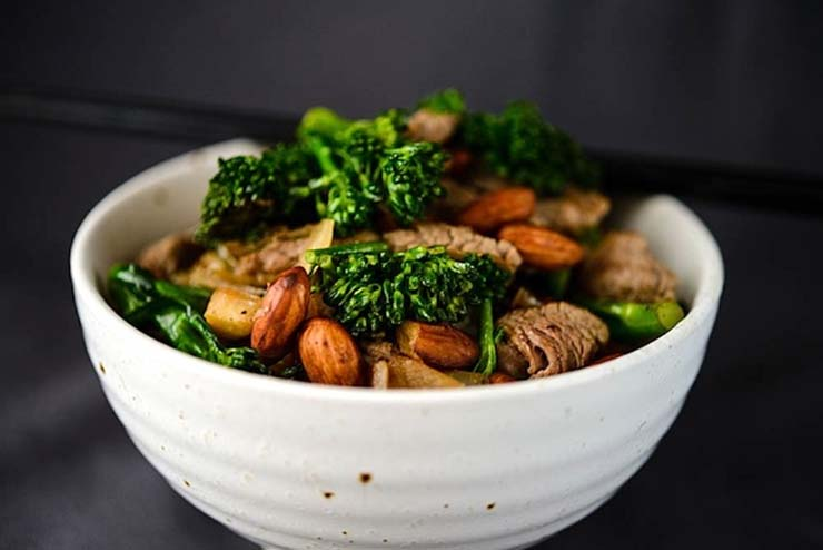 Beef, Broccolini & Almond Stir Fry