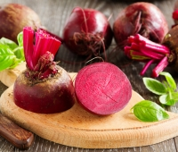 10 Natural Health Benefits of Eating Organic Beetroots