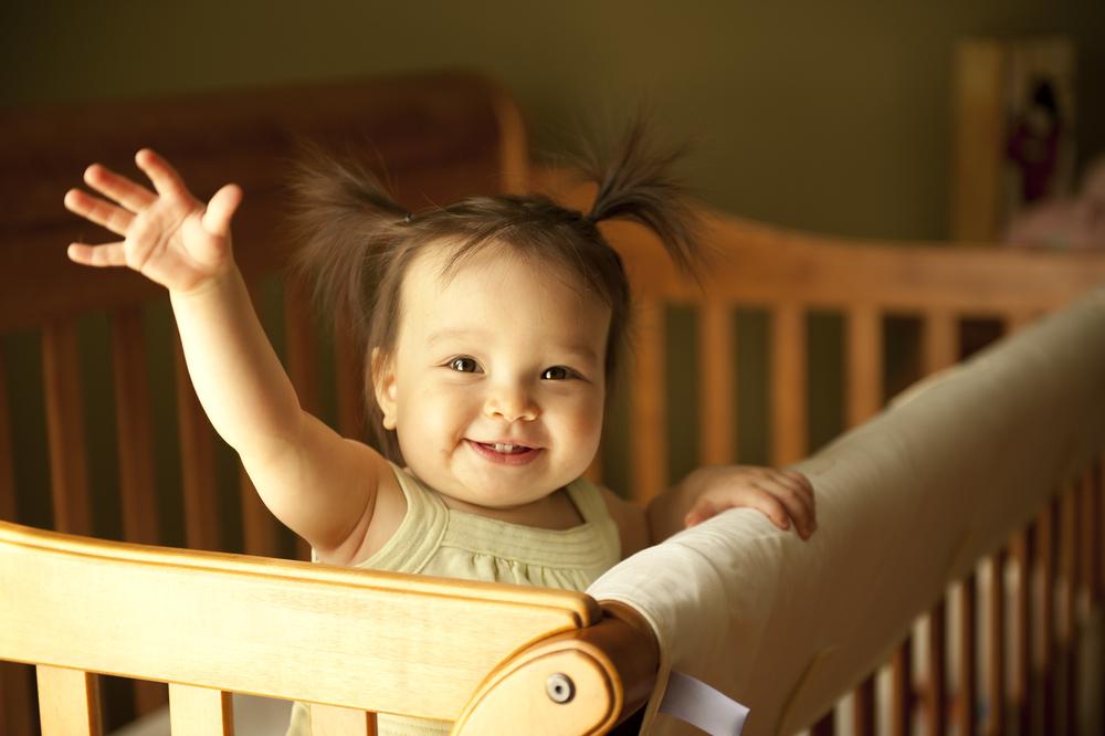 cute-baby-girl-say-hi