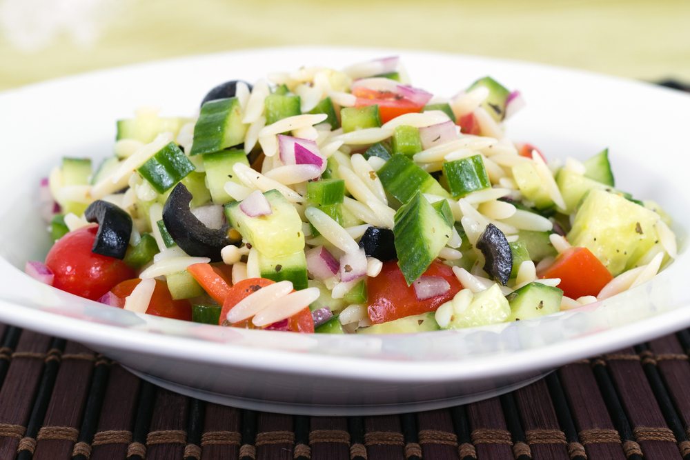 greek-orzo-salad