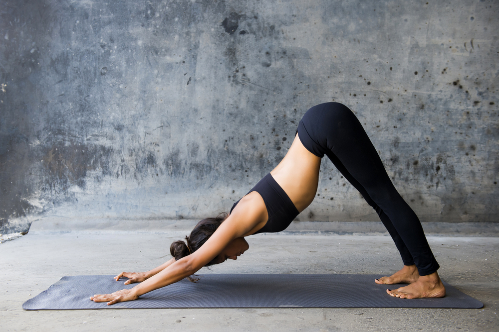 hot-woman-doing-a-yoga-post
