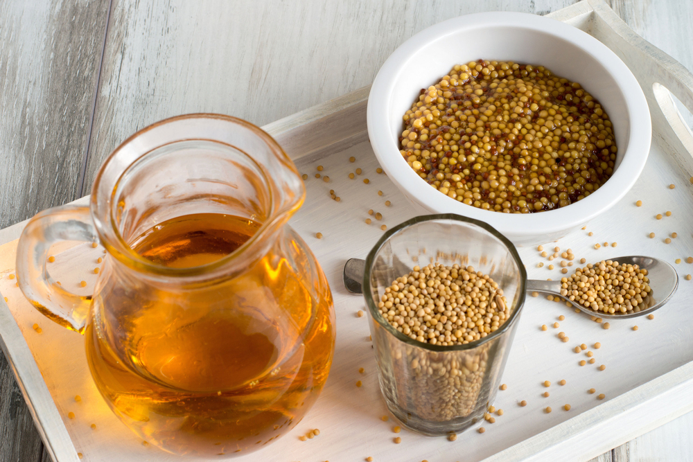 mustard-oil-and-seeds