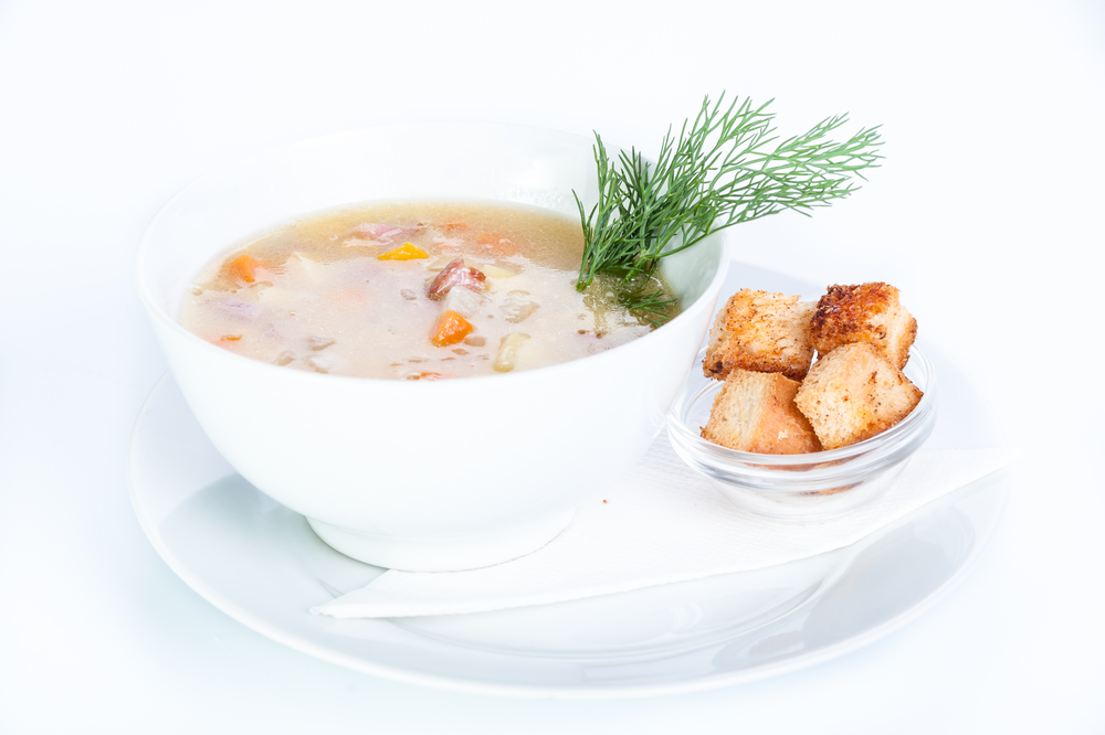 white-bean-rosemary-soup-with-roasted-garlic-croutons