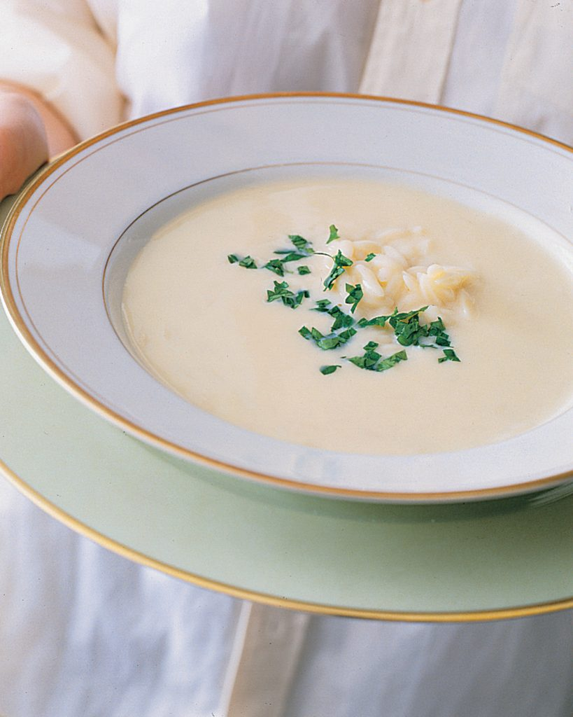avgolemono-greek-egg-and-lemon-soup