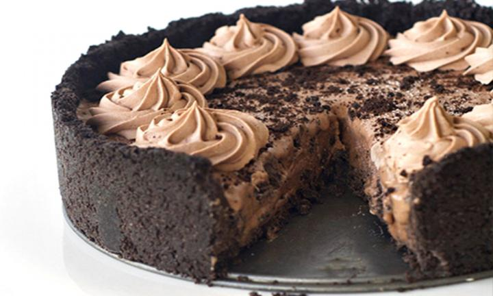 chocolate-oreo-ice-cream-pie