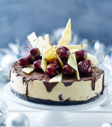 double-chocolate-cherry-cheesecake