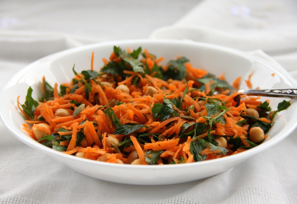 Carrot, Parsley & Chickpea Salad