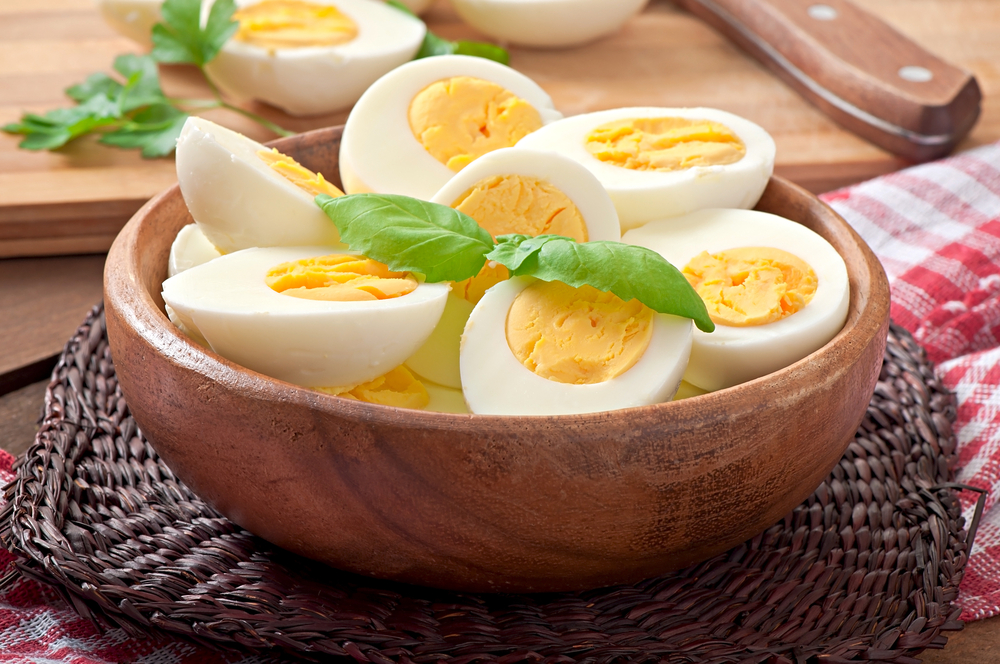 sliced-half-boiled-eggs