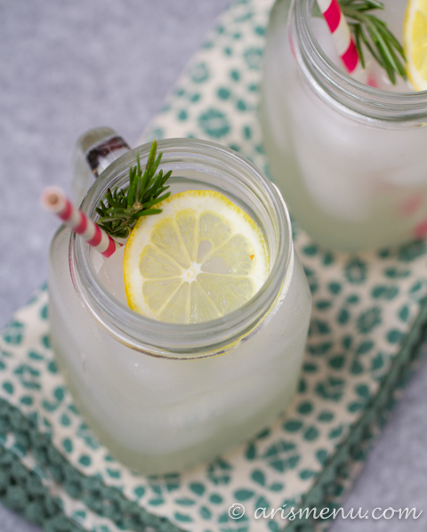 Sugar-free Rosemary Lemonade