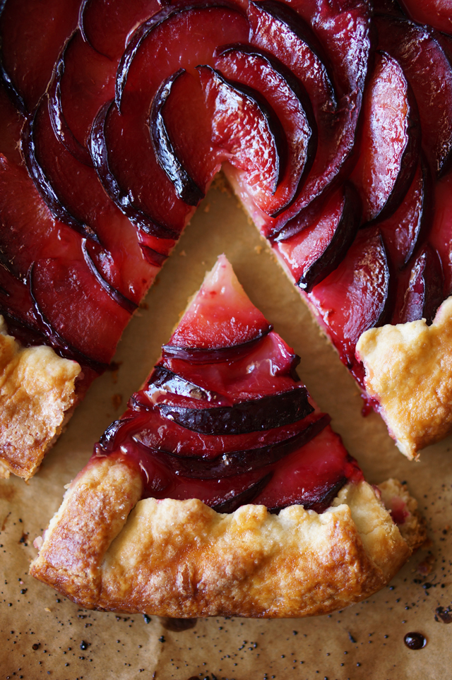 Pluot and Ginger Crostata