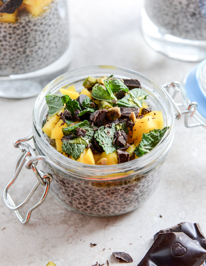 Vanilla Bean Chia Pudding with Fresh Mint and Mango