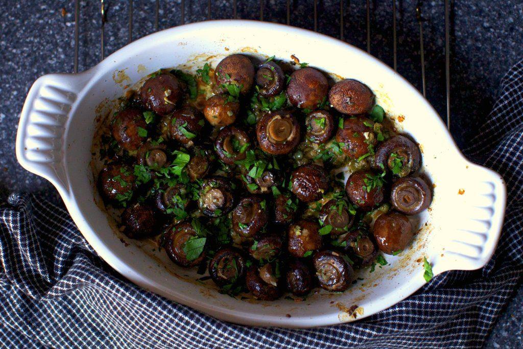 garlic-butter-roasted-mushrooms