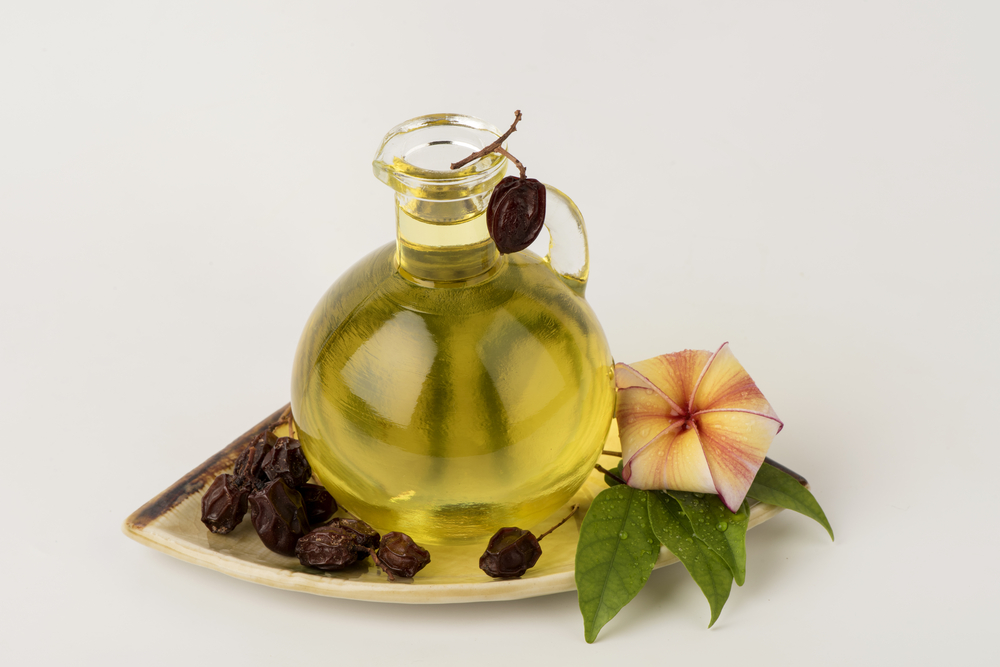 Neem Oil - Natural Alternatives to Fluoride