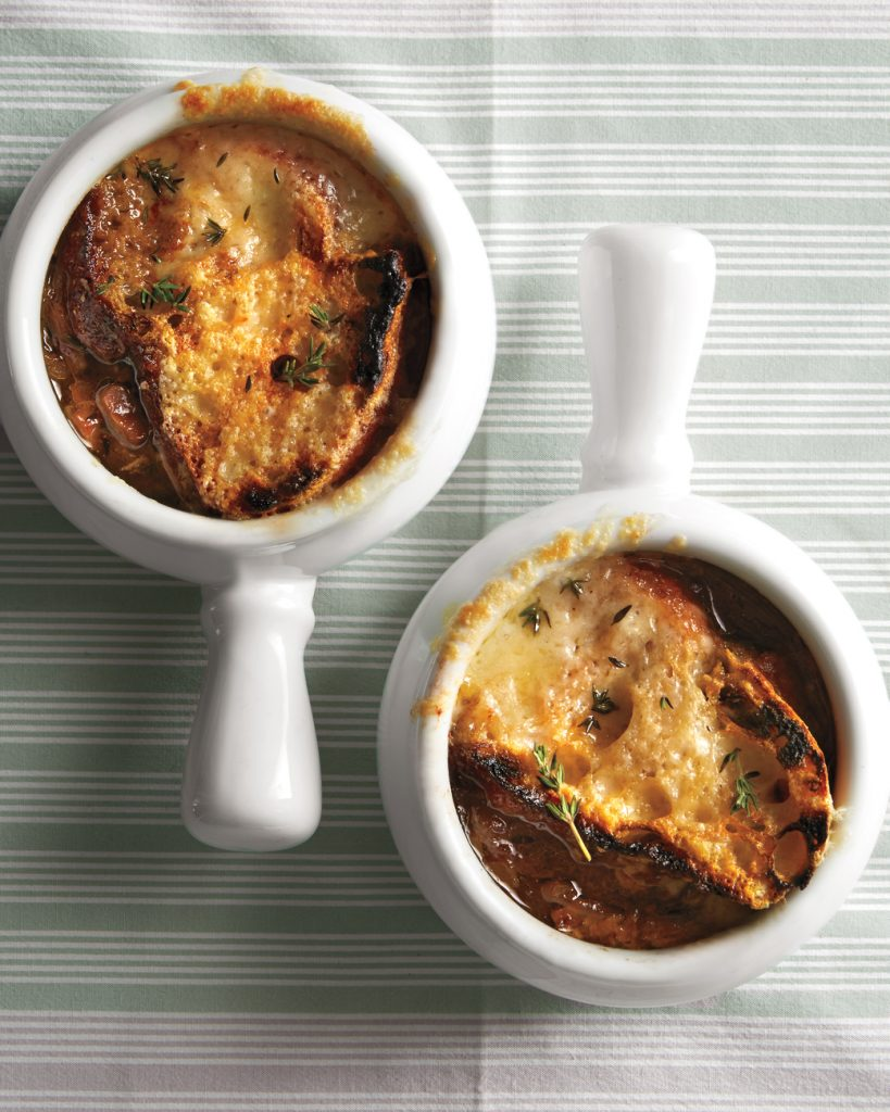 vegetarian-french-onion-soup-with-mushrooms