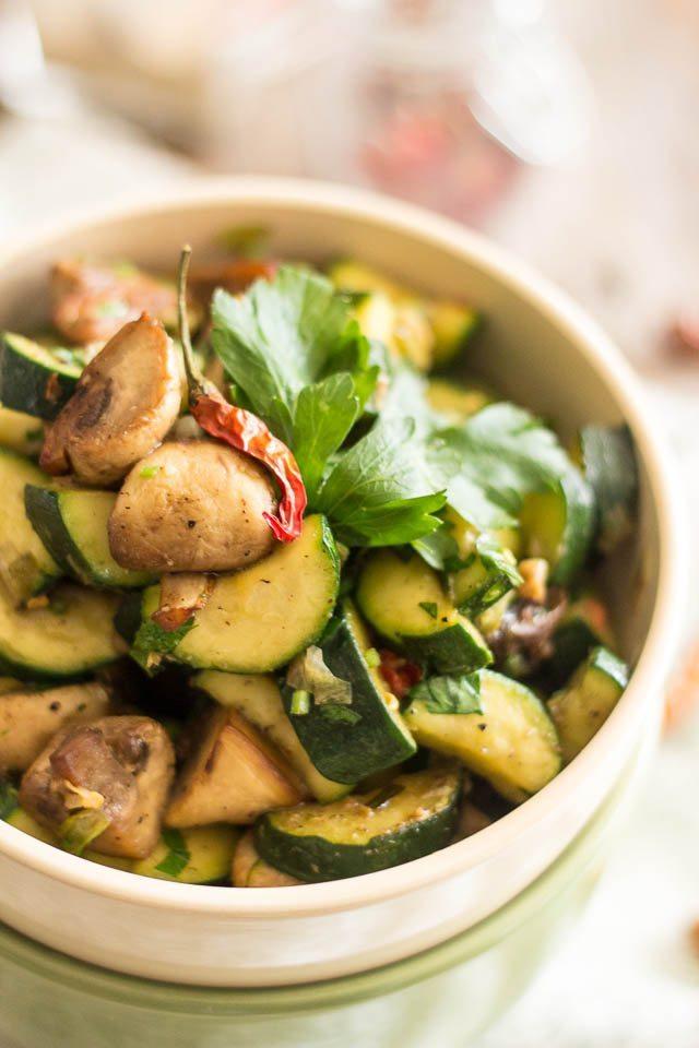 zucchini-and-mushrooms