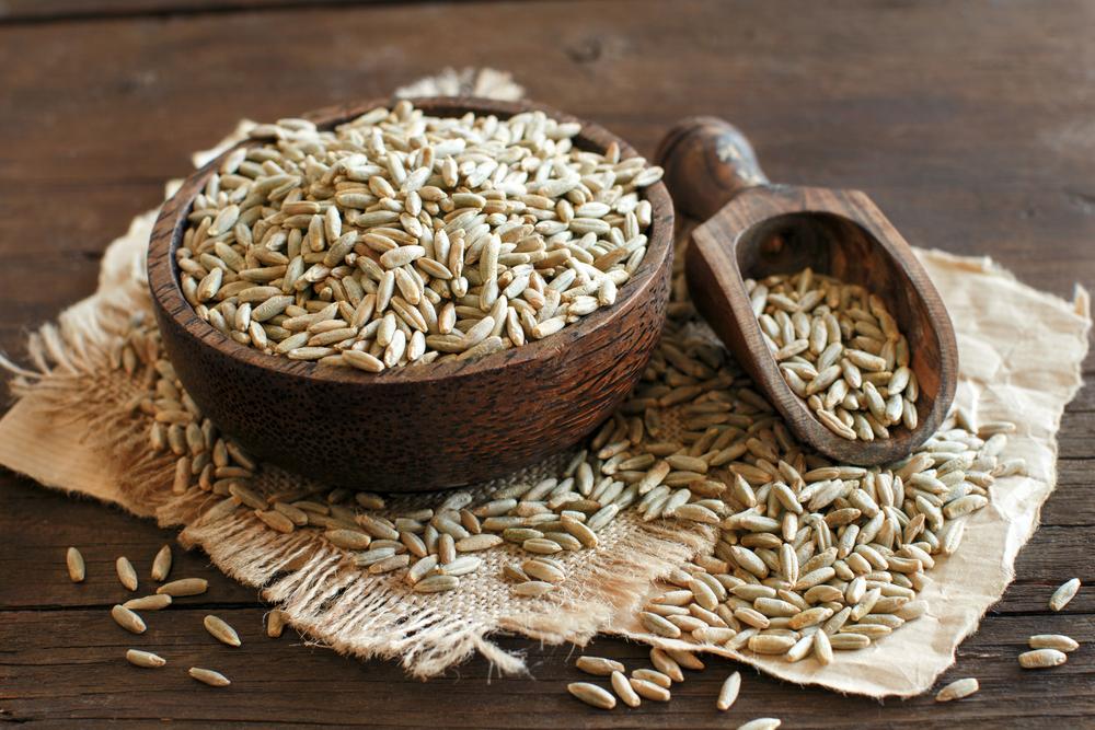 Dry Raw Rye Grain 2