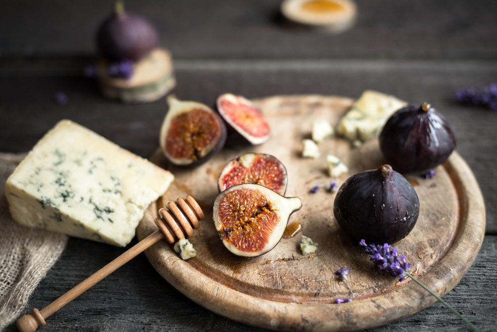 12 Amazing Health Benefits of Figs: Improve Digestion & Lower Blood ...