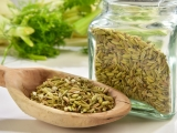 17 Health Benefits of Fennel Seeds: Regulate Blood Pressure & Acne Prevention