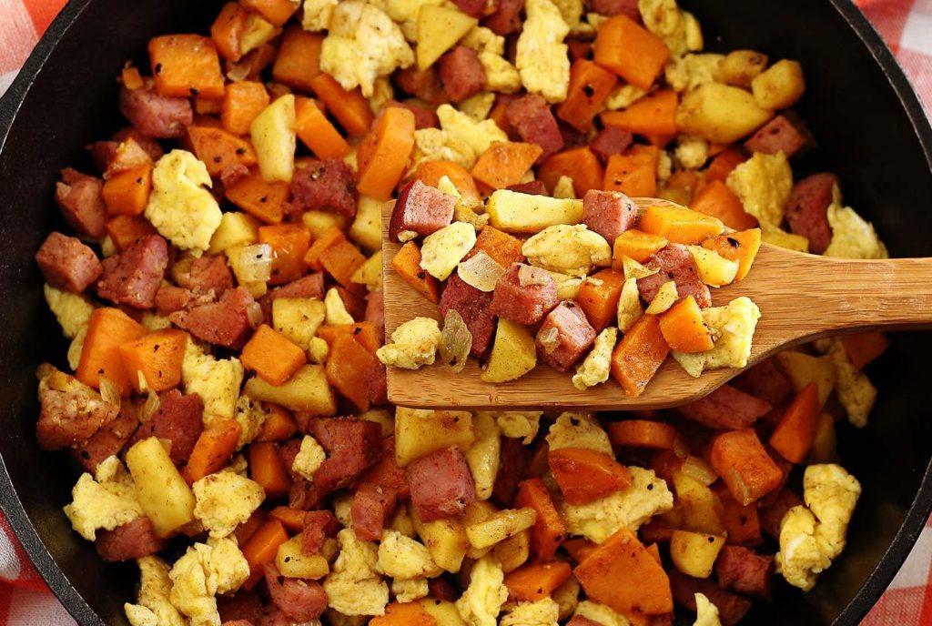 Ham, Apple, and Sweet Potato Scramble