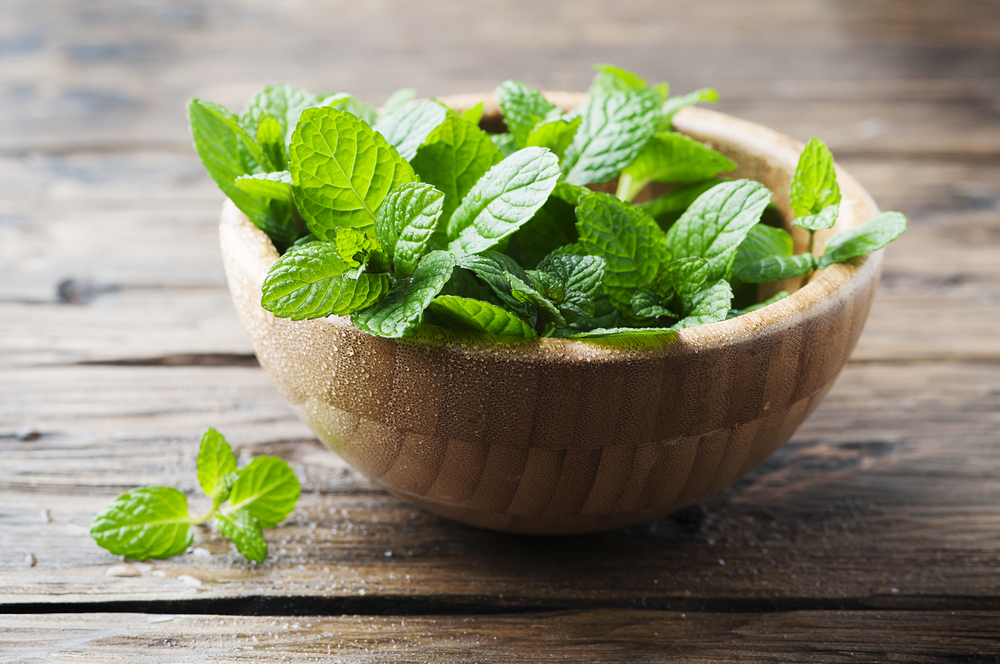 Peppermint in a wooden bowl