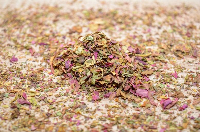 Amaranth Tea Leaves