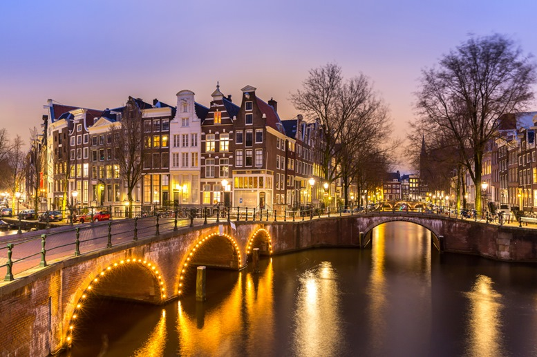 Amsterdam Canals (West side) at dusk