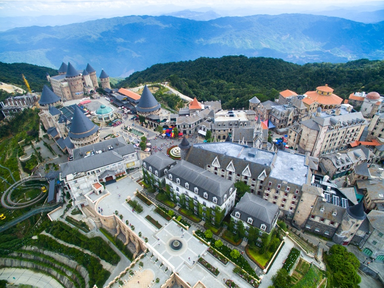 Ba Na Hills Mountain Resort, the multi-level complex from high view