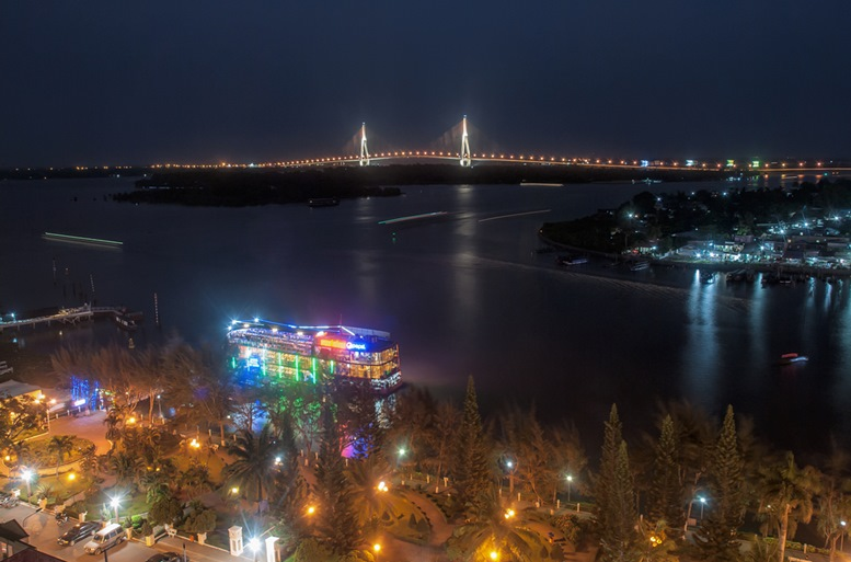 Can Tho Bridge from afar. Night View