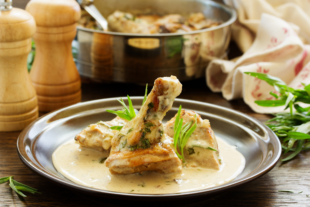 Delicious sauteed chicken with tarragon