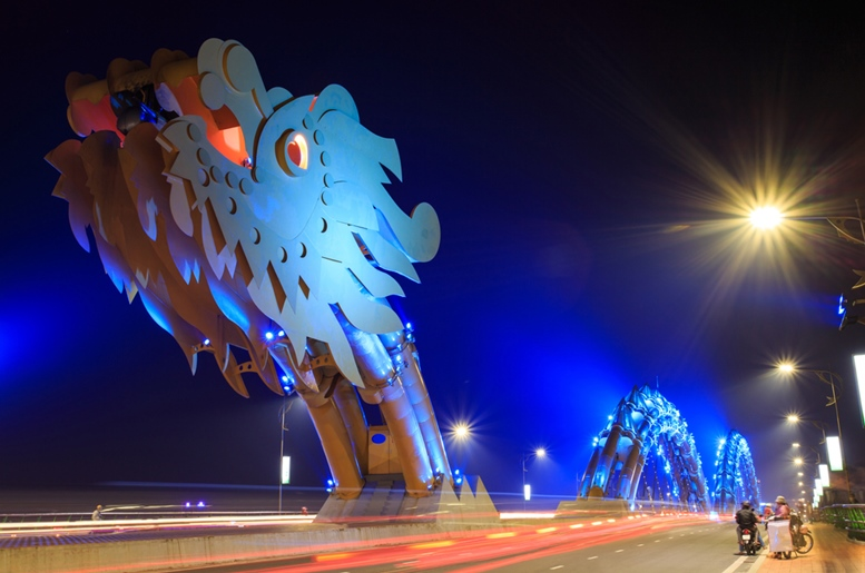 Dragon River Bridge (Rong Bridge) in Da Nang, Vietnam 2
