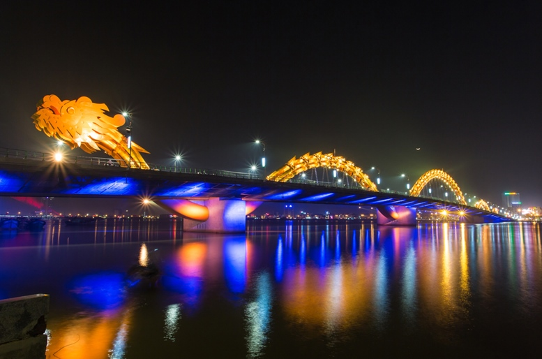 Dragon River Bridge (Rong Bridge) in Da Nang, Vietnam