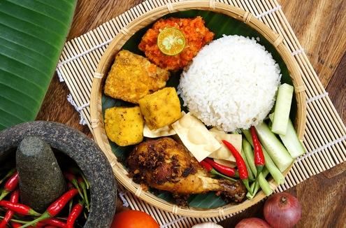 Famous Indonasian Food - Ayam Penyet