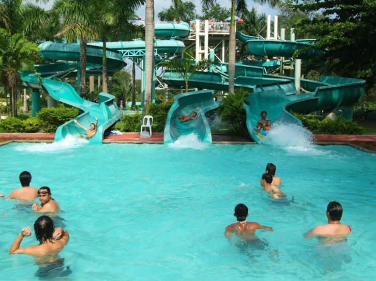 Fontana Leisure Parks Water Slides