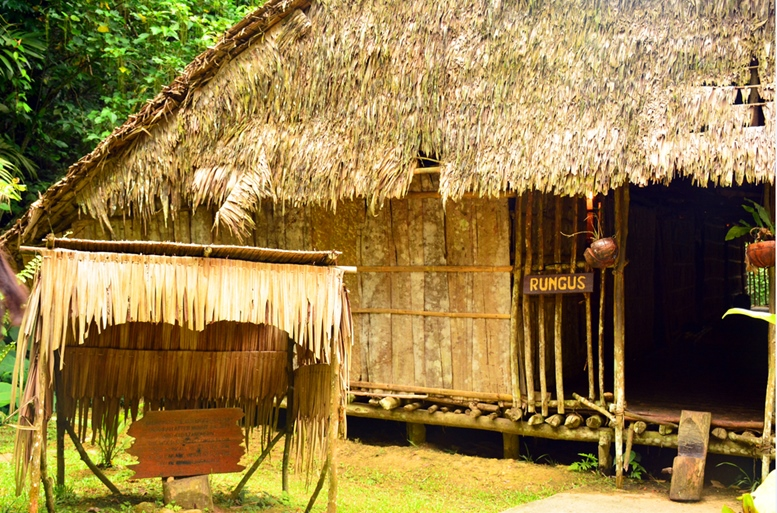 Mari Mari Village operates as a museum that preserves Borneo's knowledge, history, culture and tradition. 2