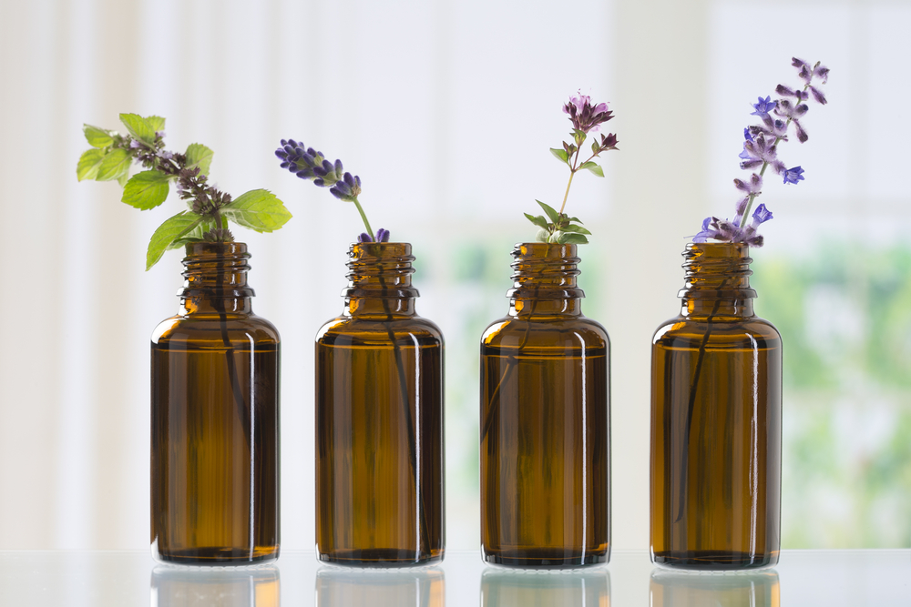 Mixtures of Essential Oils - Get Rid of Acne Naturally