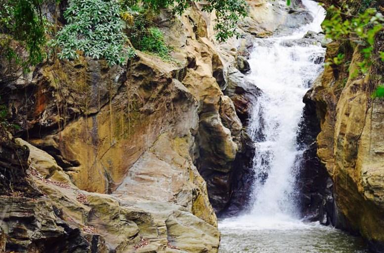 S Catanico Falls