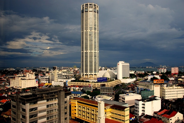 The KOMTAR skyscraper is 231m tall and is the 6th tallest building in Malaysia.