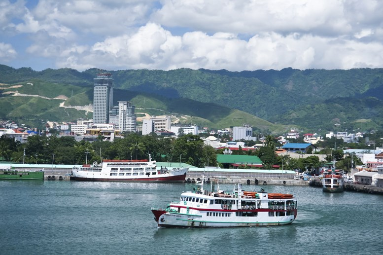 The busy port of cebu has ferry routes to most islands in the philippines due to its central location.