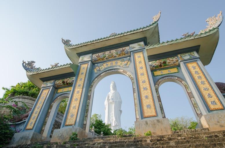 da nang lady buddha statue