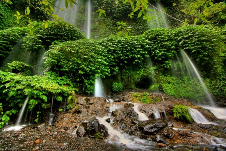 Benang Kelambu's Water Curtain