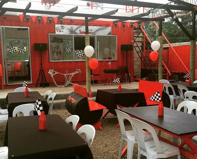 Bike Yard Café with Angst