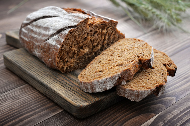 Dark and Healthy Rye Bread