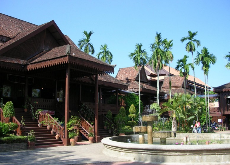 Handicraft Village & Craft Museum