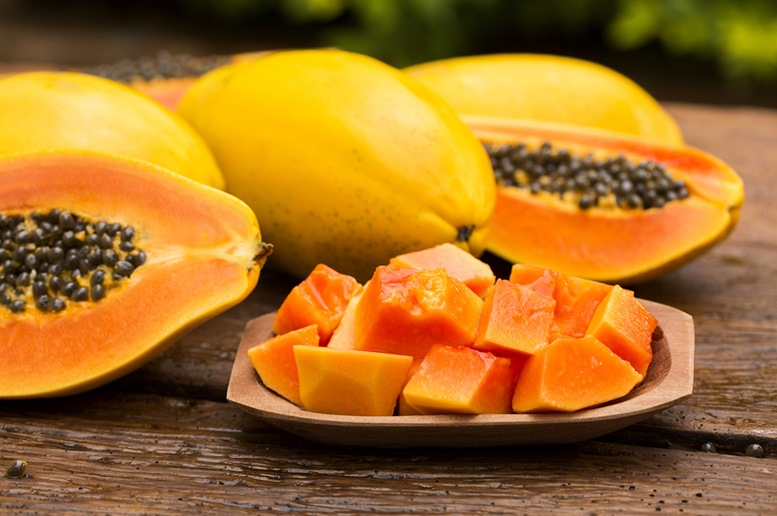 Papaya: Health Benefits, Side Effects, Nutrition Facts ...