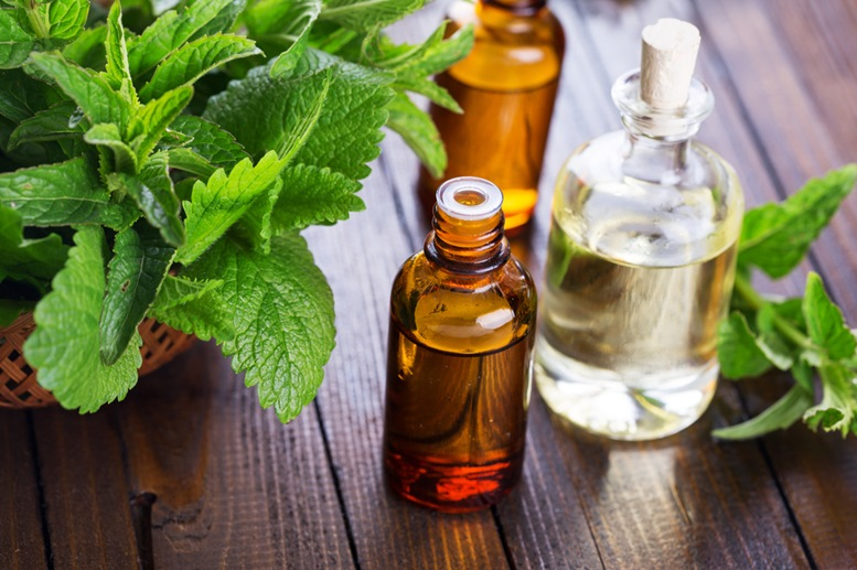 Peppermint Essential Oil 4