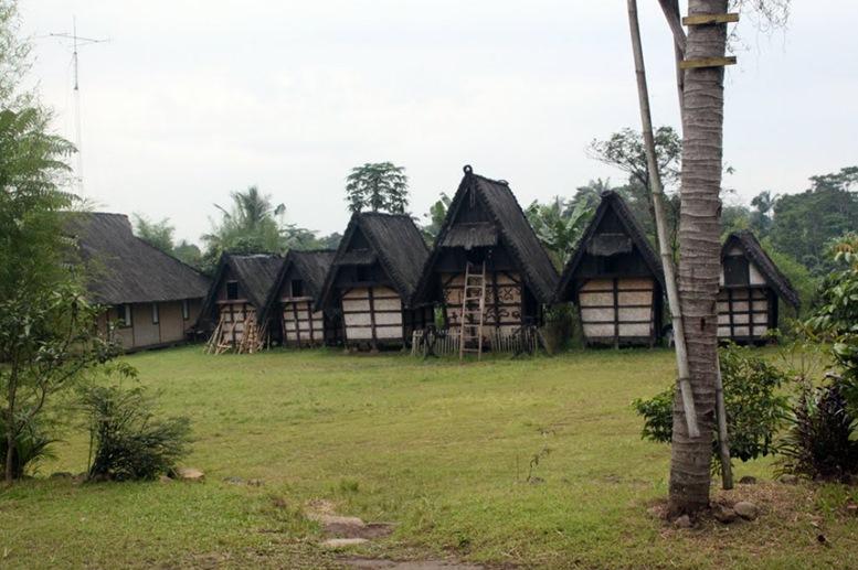 Sidangbarang Cultural Village