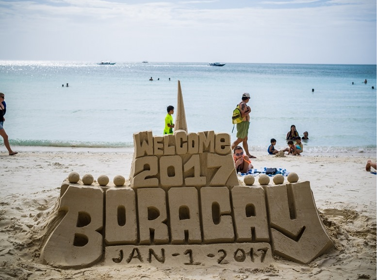 Welcome 2017 sand art in Boracay