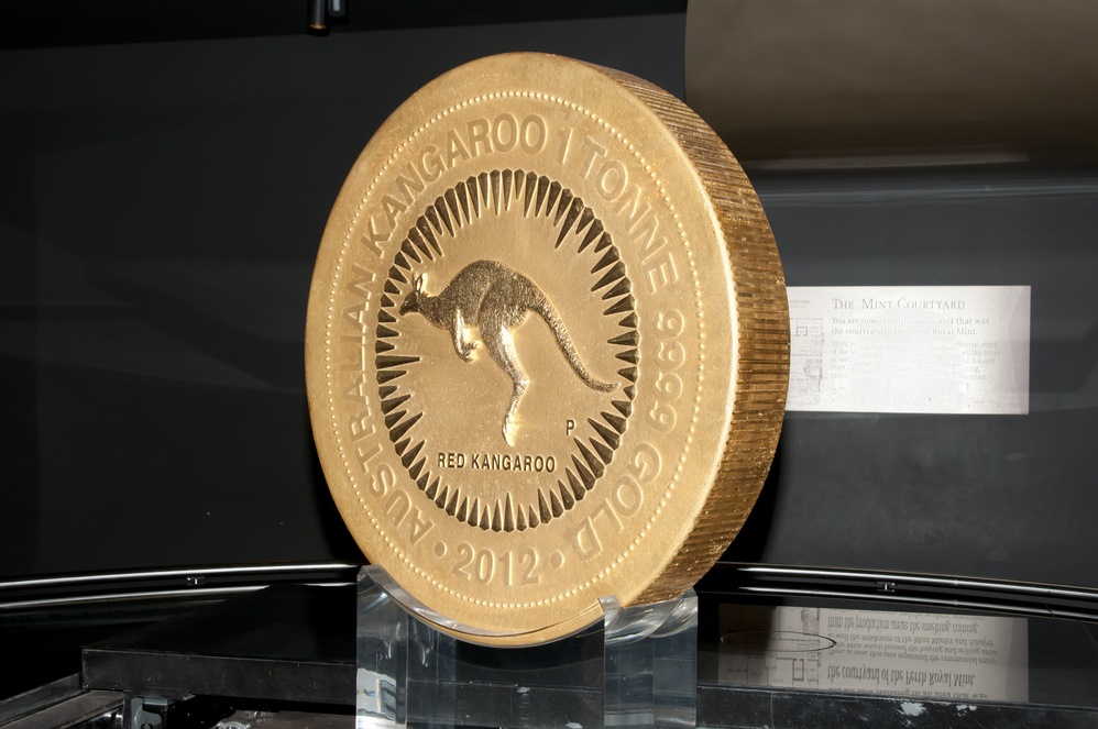 World's largest gold coin produced by the Perth Mint and weighing in at 1000kg